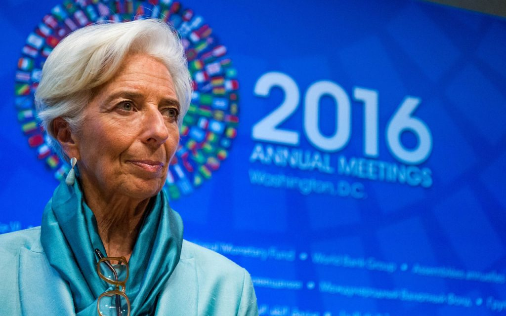 IMF urges Nigeria to start belt tightening, cut Naira curbs